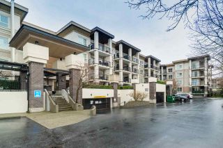 Main Photo: 322 9655 KING GEORGE Boulevard in Surrey: Whalley Condo for sale (North Surrey)  : MLS®# R2557785