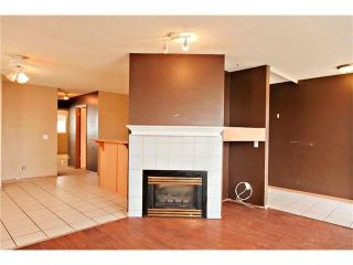 Photo 4: 87 APPLEBROOK Circle SE in Calgary: Applewood Park House for sale : MLS®# C4088770