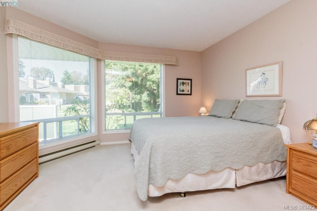 Photo 9: Photos: 20 3049 Brittany Dr in VICTORIA: Co Sun Ridge Row/Townhouse for sale (Colwood)  : MLS®# 770629