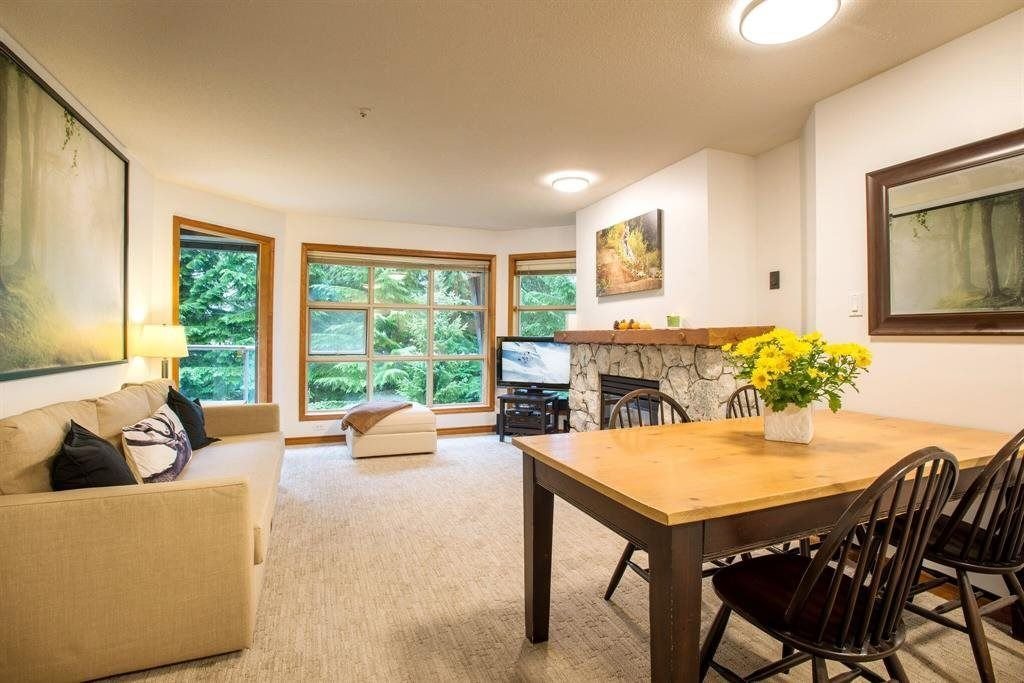 """Main Photo: 418 4800 SPEARHEAD Drive in Whistler: Benchlands Condo for sale in """"Aspens"""" : MLS®# R2236924"""