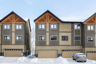 Photo 2: 309 Valley Ridge Manor NW in Calgary: Valley Ridge Row/Townhouse for sale : MLS®# A1068398