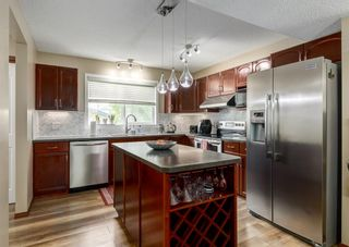 Photo 8: 20 Everridge Road SW in Calgary: Evergreen Detached for sale : MLS®# A1121337
