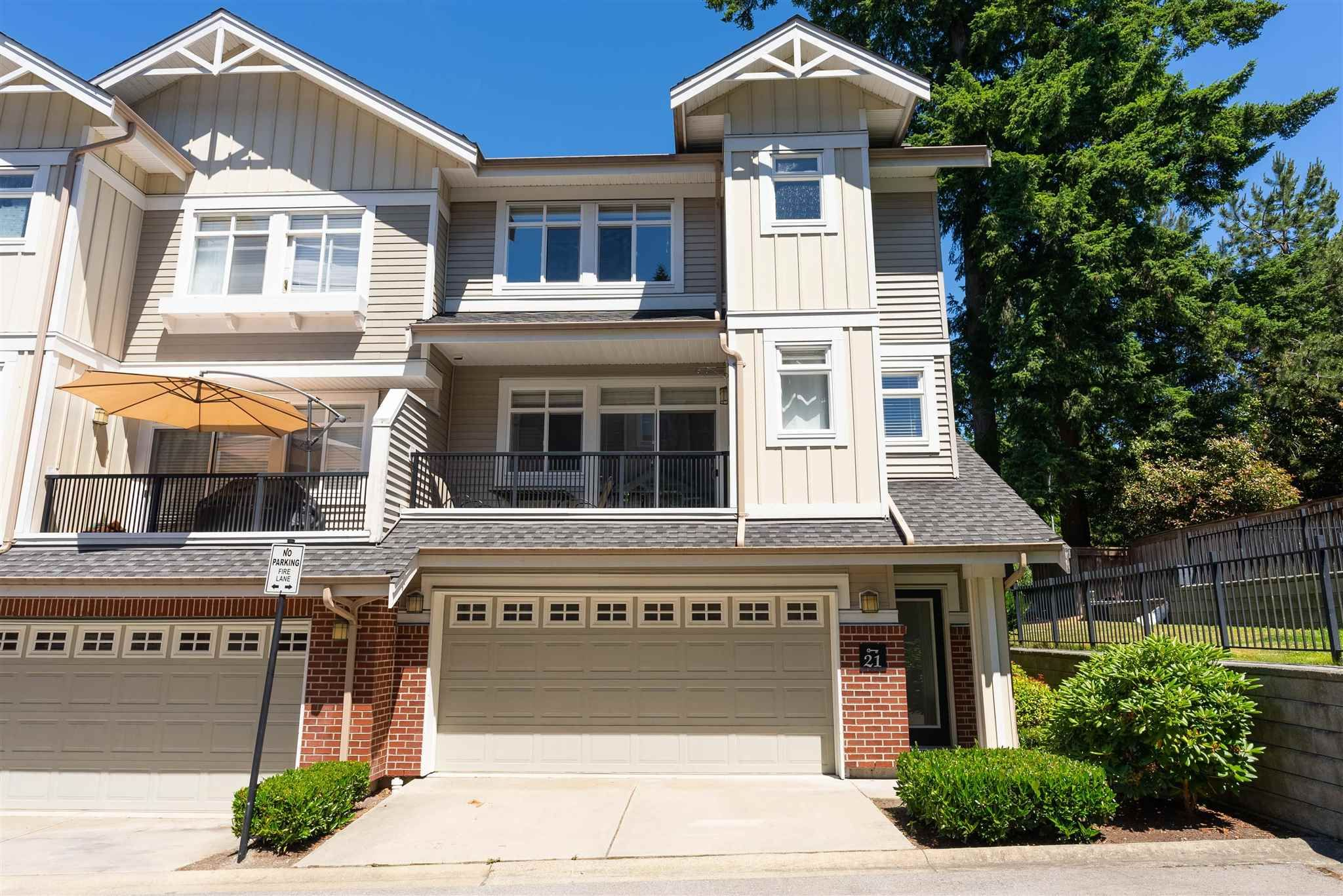 """Main Photo: 21 2925 KING GEORGE Boulevard in Surrey: Elgin Chantrell Townhouse for sale in """"Keystone"""" (South Surrey White Rock)  : MLS®# R2597652"""