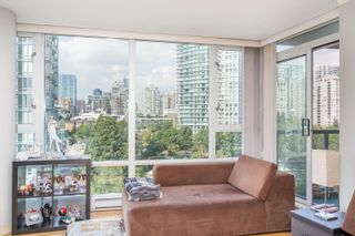 """Photo 8: 908 1033 MARINASIDE Crescent in Vancouver: Yaletown Condo for sale in """"QUAYWEST"""" (Vancouver West)  : MLS®# R2615852"""