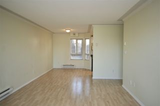 Photo 7: 203 2288 NEWPORT Avenue in Vancouver: Fraserview VE Condo for sale (Vancouver East)  : MLS®# R2445533