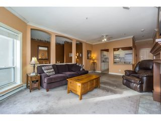 """Photo 12: 207 34101 OLD YALE Road in Abbotsford: Central Abbotsford Condo for sale in """"Yale Terrace"""" : MLS®# R2219162"""