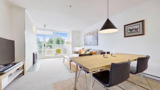 """Photo 6: 408 2288 W 12TH Avenue in Vancouver: Kitsilano Condo for sale in """"CONNAUGHT POINT"""" (Vancouver West)  : MLS®# R2594302"""