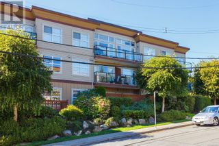 Photo 1: 105 919 Market Street in Victoria: Condo for sale : MLS®# 856860