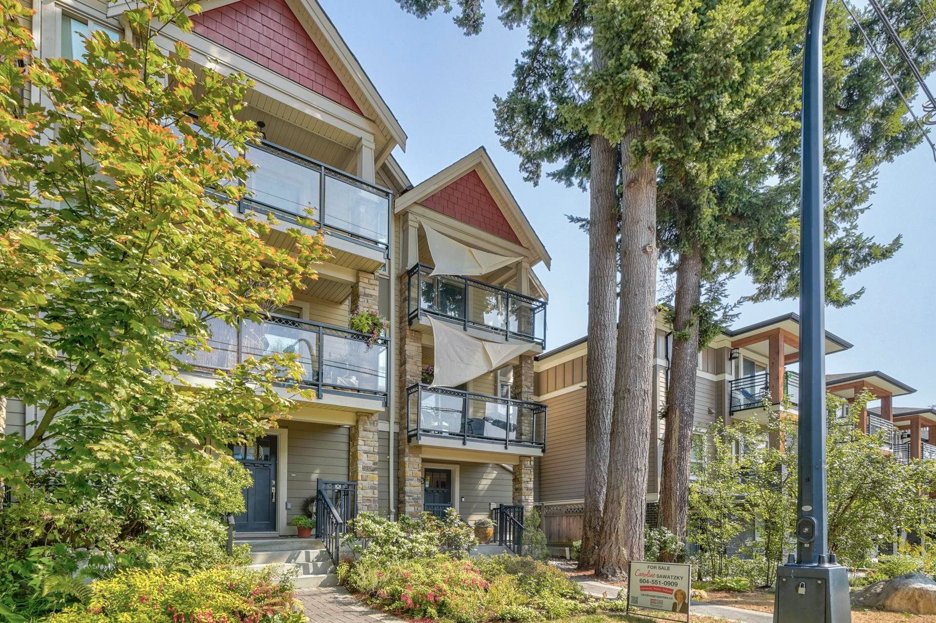 """Main Photo: 3 1434 EVERALL Street: White Rock Townhouse for sale in """"EVERGREEN POINTE"""" (South Surrey White Rock)  : MLS®# R2609666"""