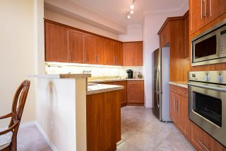 """Photo 11: 409 1236 W 8TH Avenue in Vancouver: Fairview VW Condo for sale in """"GALLERIA II"""" (Vancouver West)  : MLS®# R2554793"""