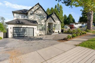 Photo 2: 7858 SUNCREST Drive in Surrey: East Newton House for sale : MLS®# R2584749