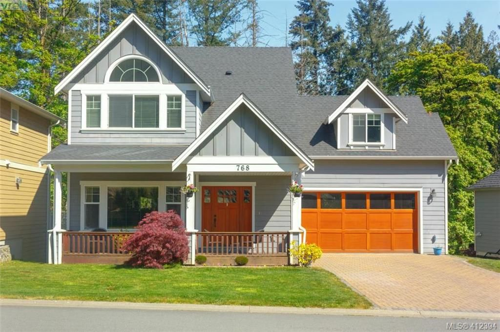 Main Photo: 768 Hanbury Pl in VICTORIA: Hi Bear Mountain House for sale (Highlands)  : MLS®# 817776