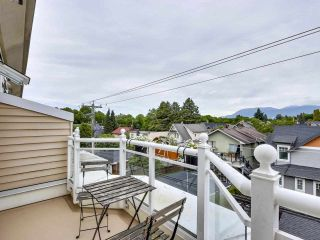 """Photo 16: 210 2545 W BROADWAY Avenue in Vancouver: Kitsilano Townhouse for sale in """"Trafalgar Mews"""" (Vancouver West)  : MLS®# R2590394"""