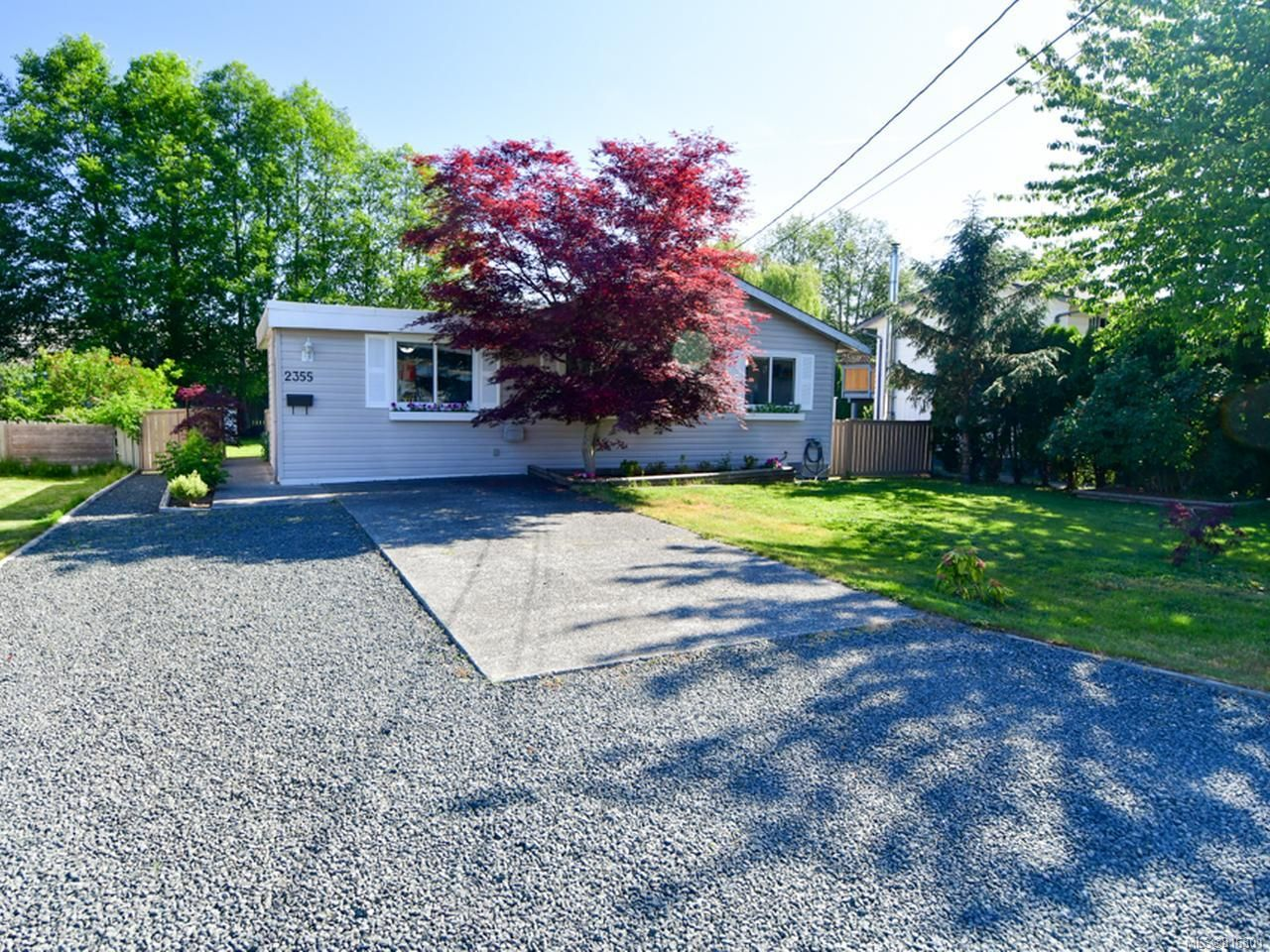 Main Photo: 2355 EARDLEY ROAD in CAMPBELL RIVER: CR Willow Point House for sale (Campbell River)  : MLS®# 816301