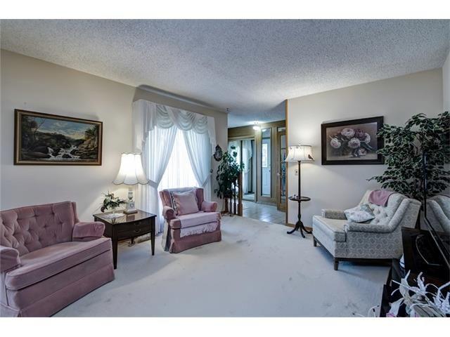 Photo 11: Photos: 210 OAKMOOR Place SW in Calgary: Oakridge House for sale : MLS®# C4091579