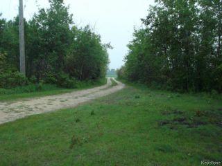 Photo 3: 35089 Corbett Road in ANOLA: Anola / Dugald / Hazelridge / Oakbank / Vivian Residential for sale (Winnipeg area)  : MLS®# 1414286