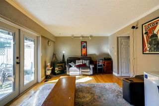"Photo 11: 8 27090 32 Avenue in Langley: Aldergrove Langley Townhouse for sale in ""Alderwood Manor"" : MLS®# R2349221"