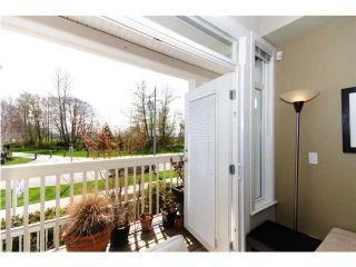 """Photo 3: 8 4311 BAYVIEW Street in Richmond: Steveston South Townhouse for sale in """"IMPERIAL LANDING"""" : MLS®# V896256"""