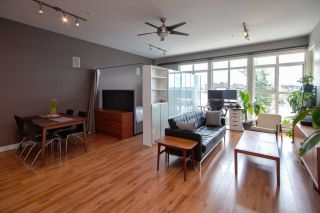 """Photo 1: 409 20238 FRASER Highway in Langley: Langley City Condo for sale in """"The Muse"""" : MLS®# R2555473"""