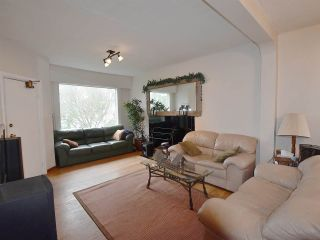 Photo 2: 2764 W 12TH Avenue in Vancouver: Kitsilano House for sale (Vancouver West)  : MLS®# R2042125