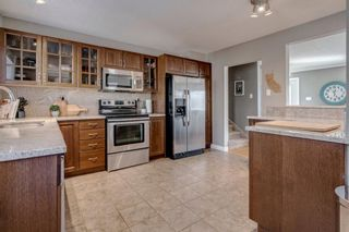Photo 12: 23 Galbraith Drive SW in Calgary: Glamorgan Detached for sale : MLS®# A1062458