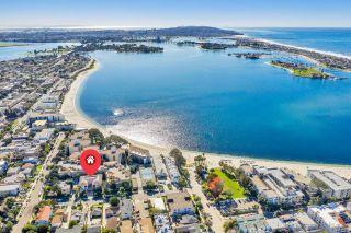 Photo 5: PACIFIC BEACH Condo for sale : 2 bedrooms : 1361 La Palma St in San Diego