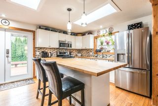 Photo 9: 1209 JUDD Road in Squamish: Brackendale 1/2 Duplex for sale : MLS®# R2224655