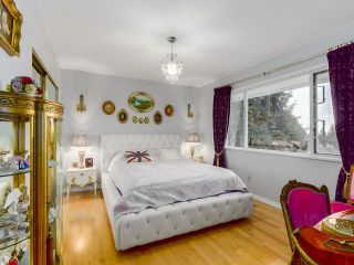 Photo 10: 1497 QUEENS Avenue in West Vancouver: Ambleside House for sale : MLS®# V1113998