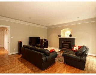 Photo 9: 4939 Capilano Road in North Vancouver: Canyon Heights NV House for sale : MLS®# V775746