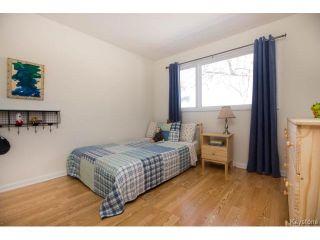 Photo 12: 777 Airlies Street in Winnipeg: Garden City Residential for sale (4G)  : MLS®# 1706387