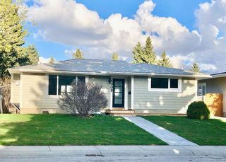 Main Photo: 4908 48 Street NW in Calgary: Varsity Detached for sale : MLS®# A1086782