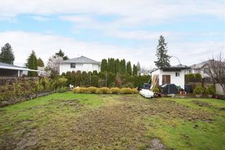 Photo 7: 3478 HASTINGS Street in Port Coquitlam: Woodland Acres PQ House for sale : MLS®# R2569921