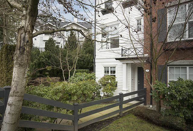 """Photo 2: Photos: 4 15075 60 Avenue in Surrey: Sullivan Station Townhouse for sale in """"Nature's Walk"""" : MLS®# R2028031"""