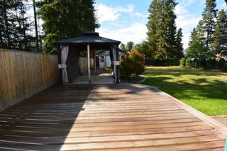 """Photo 21: 1488 WILLOW Street: Telkwa House for sale in """"Woodland Park"""" (Smithers And Area (Zone 54))  : MLS®# R2604473"""