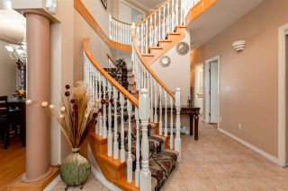 Photo 2: 31627 PINNACLE Place in Abbotsford: Abbotsford West House for sale : MLS®# R2349800