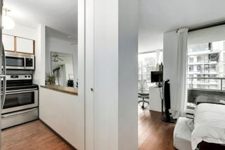 """Photo 3: 407 1330 HORNBY Street in Vancouver: Downtown VW Condo for sale in """"HORNBY COURT"""" (Vancouver West)  : MLS®# R2522576"""