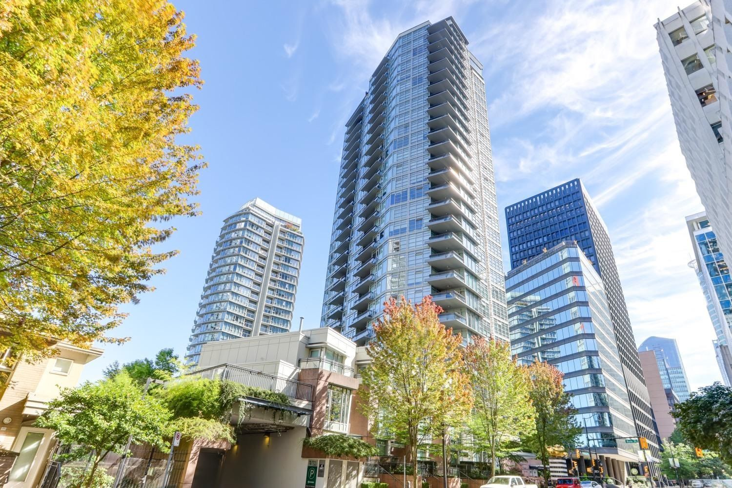 """Main Photo: 1505 1205 W HASTINGS Street in Vancouver: Coal Harbour Condo for sale in """"BCS2555"""" (Vancouver West)  : MLS®# R2617335"""