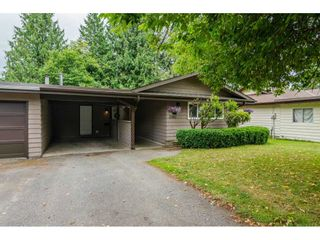 "Photo 2: 2742 SANDON Drive in Abbotsford: Abbotsford East 1/2 Duplex for sale in ""McMillan"" : MLS®# R2285213"