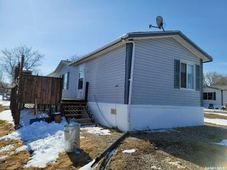 Photo 2: 24 404 8th Avenue East in Watrous: Residential for sale : MLS®# SK848897