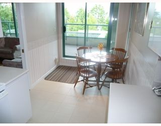 """Photo 5: 201 5899 WILSON Avenue in Burnaby: Central Park BS Condo for sale in """"PARAMOUNT TOWER TWO"""" (Burnaby South)  : MLS®# V785753"""