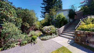 """Photo 4: 38151 CLARKE Drive in Squamish: Hospital Hill House for sale in """"Hospital Hill"""" : MLS®# R2478127"""