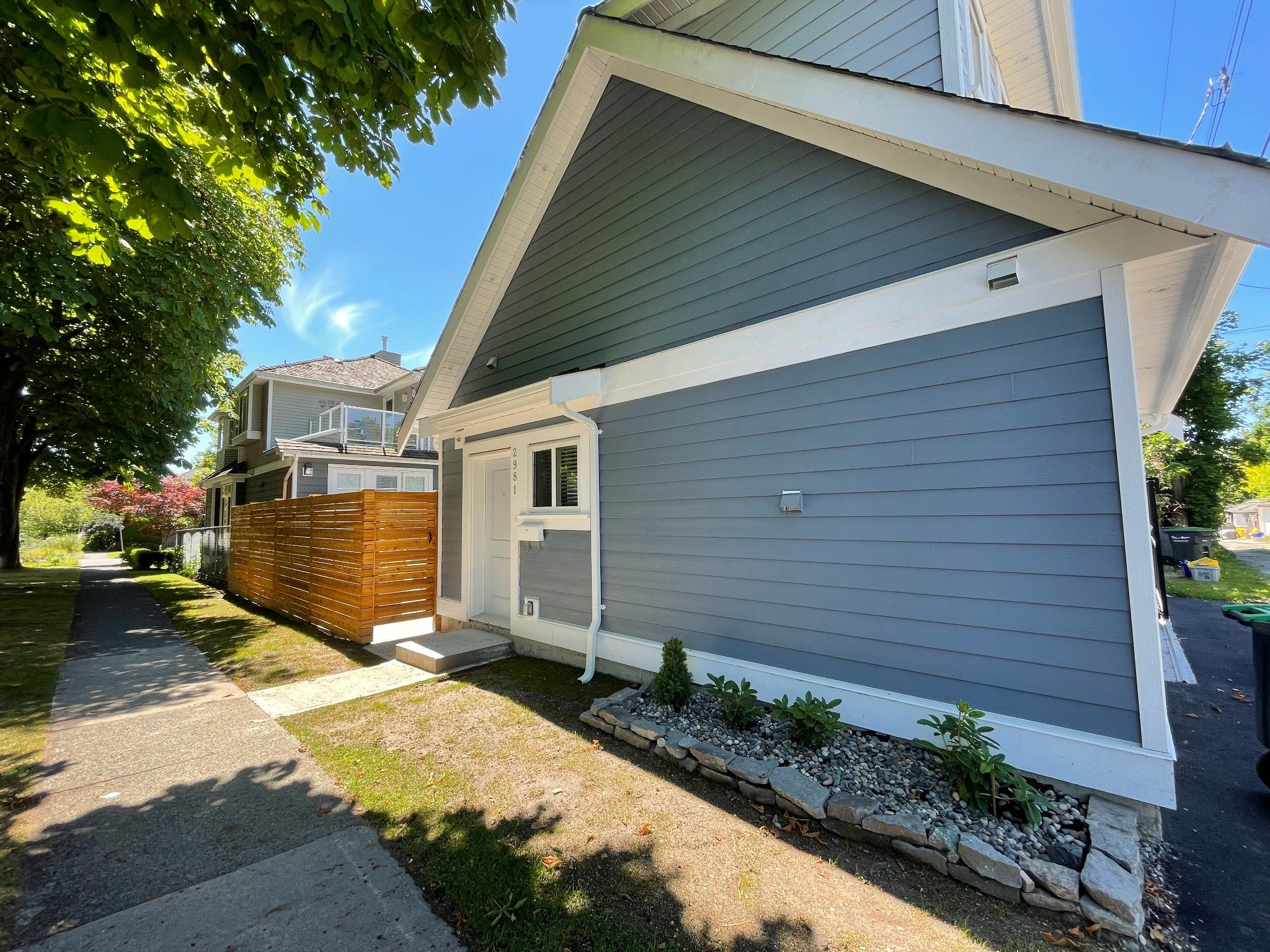 Main Photo:  in Vancouver: Point Grey House for rent (Vancouver West)  : MLS®# AR153