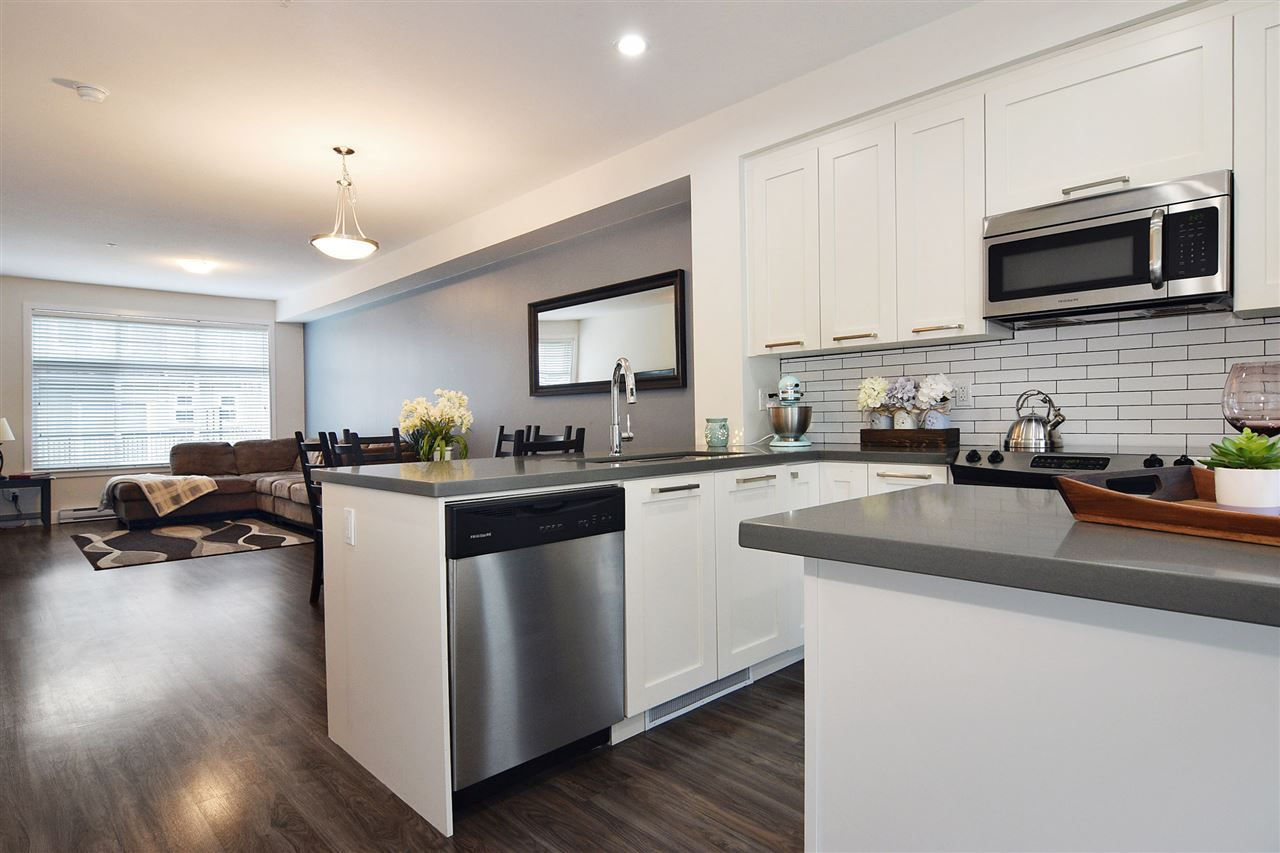 """Main Photo: 10 20966 77A Avenue in Langley: Willoughby Heights Townhouse for sale in """"Natures Walk"""" : MLS®# R2359109"""