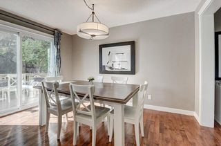 Photo 10: 2956 LATHOM Crescent SW in Calgary: Lakeview Detached for sale : MLS®# C4263838