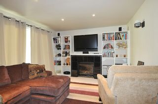 Photo 3: 3177 SECHELT Drive in Coquitlam: New Horizons House for sale : MLS®# R2174898