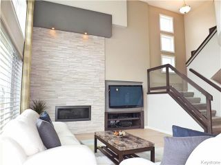 Photo 4: 23 Wainwright Crescent in Winnipeg: River Park South Residential for sale (2F)  : MLS®# 1729170