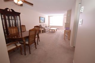 "Photo 10: 902 12148 224 Street in Maple Ridge: East Central Condo for sale in ""ECRA PANORAMA"" : MLS®# R2135119"