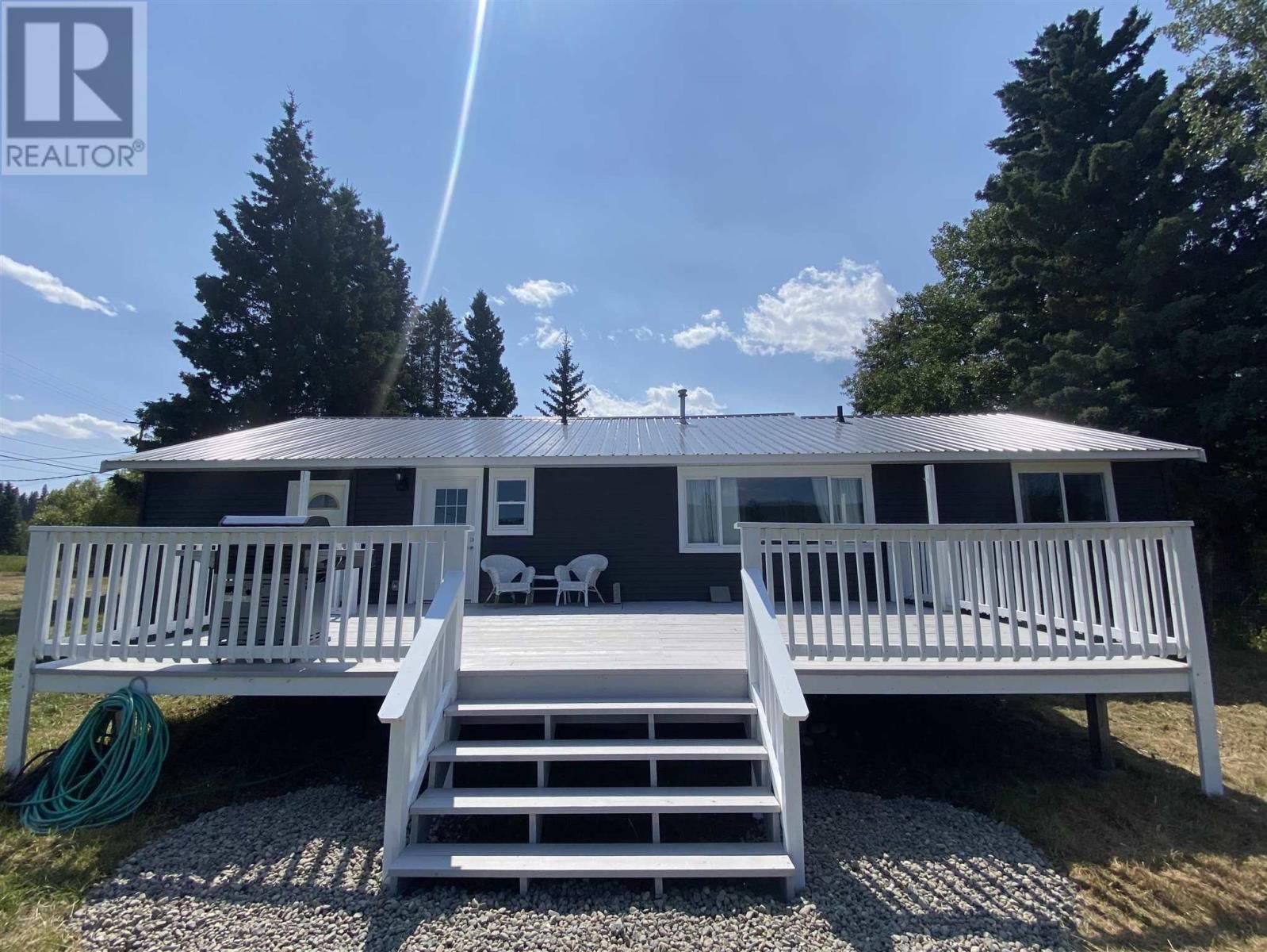 Main Photo: 6007 WALNUT ROAD in Horse Lake: House for sale : MLS®# R2605386