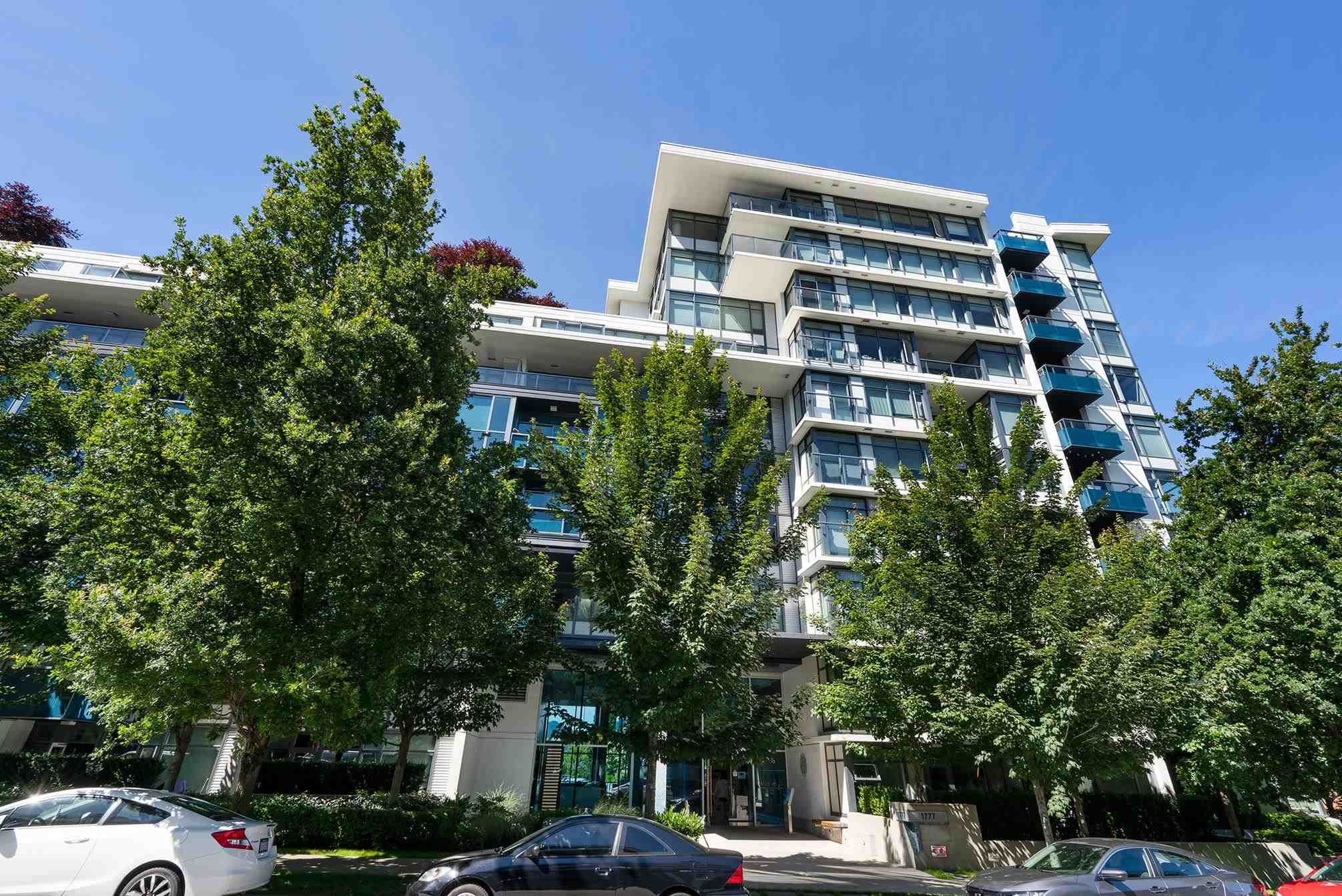"""Main Photo: 119 1777 W 7TH Avenue in Vancouver: Fairview VW Condo for sale in """"Kits 360"""" (Vancouver West)  : MLS®# R2594859"""