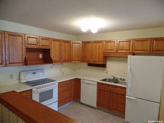 Photo 3: 203 62 24th Street in Battleford: Residential for sale : MLS®# SK866806